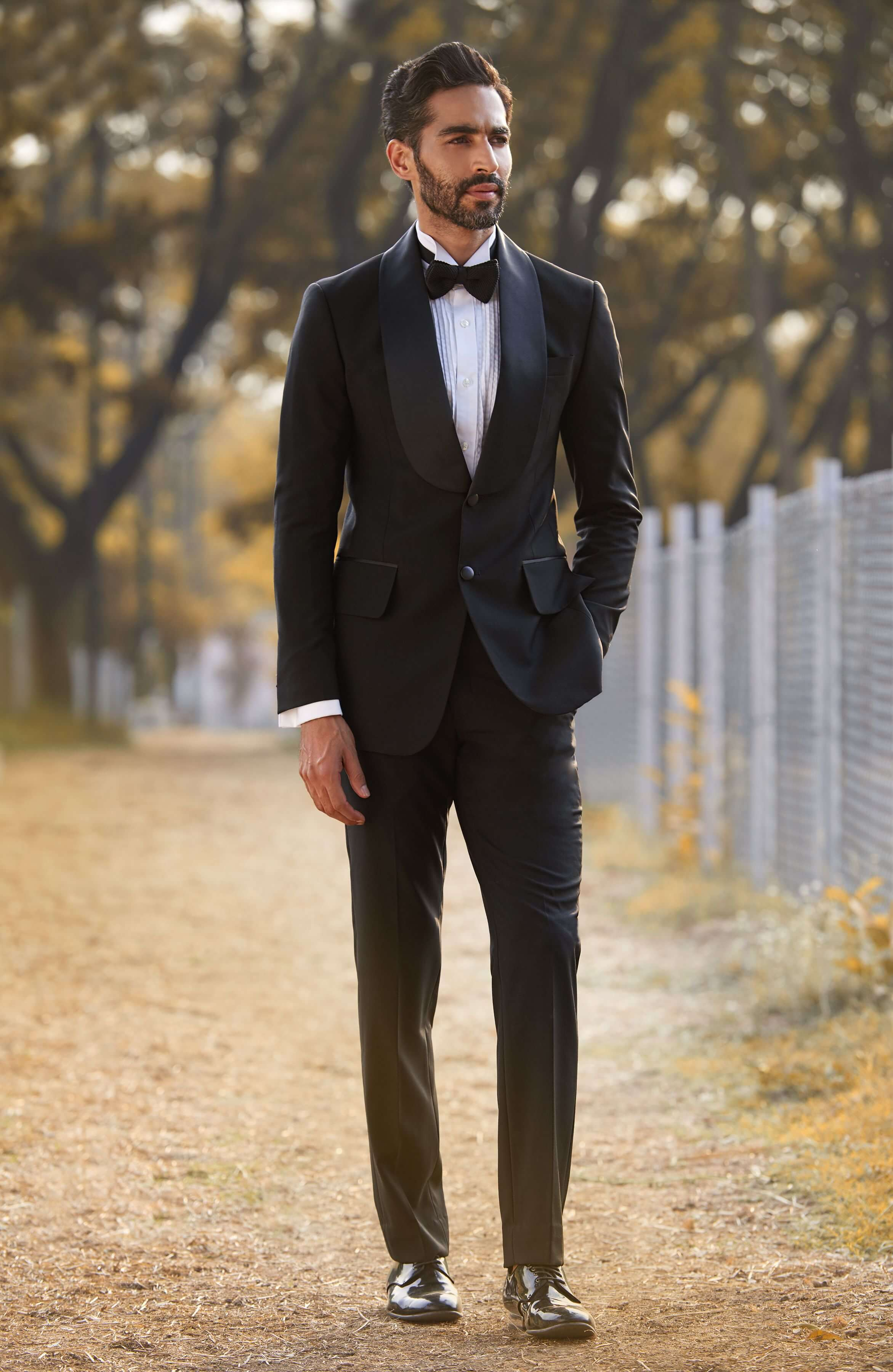 Classic Tuxedo with a wide shawl collar and pockets.